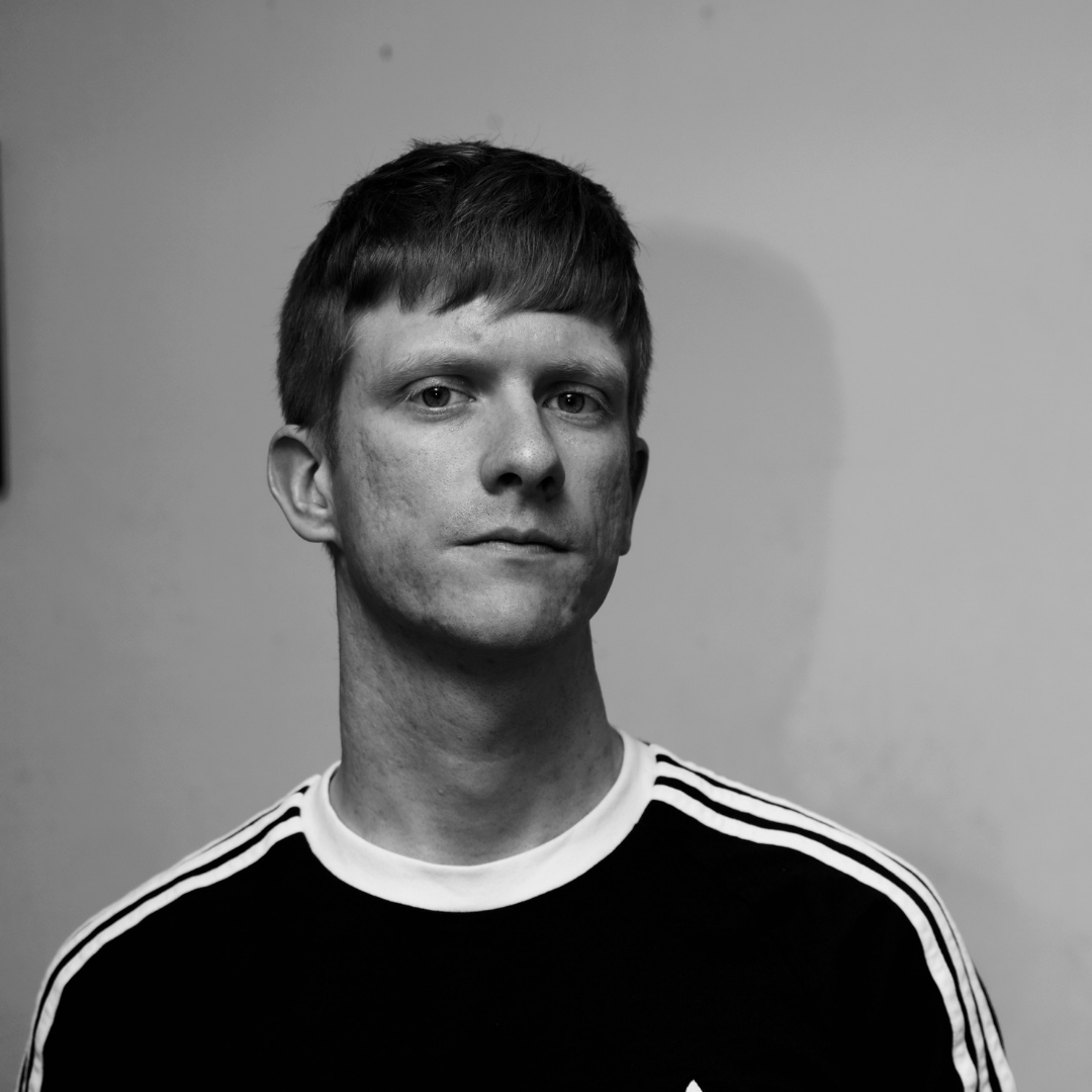 New tune from Peter Ibbetson – 'Yours' – out 28th February 2020!